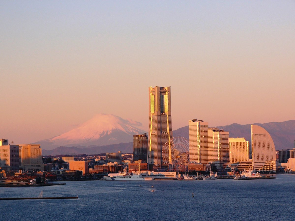 The Golden Hour in Yokohama