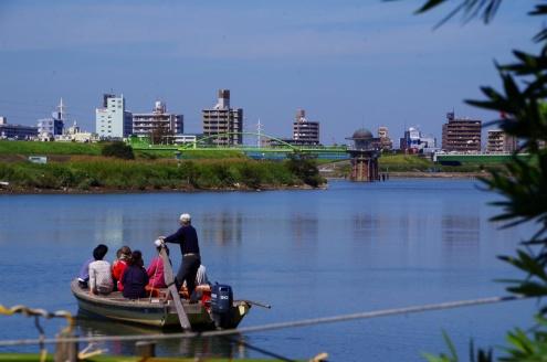Yagiri Ferry, I was wating in the port.