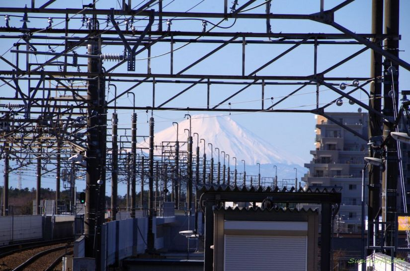 Mt.Fuji at Shin-Kamagaya Station