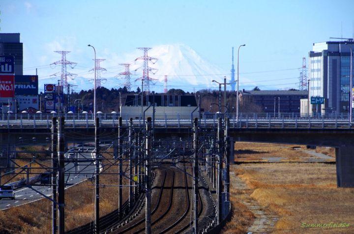 Chiba New Town Chūō Station, Mt.Fuji and Tokyo Sky Tree
